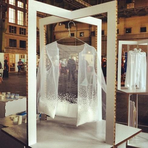 White Shirt by Karolina Gwóźdź.